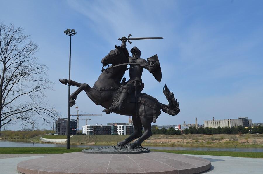 Estátua do Grande Duque da Lituânia
