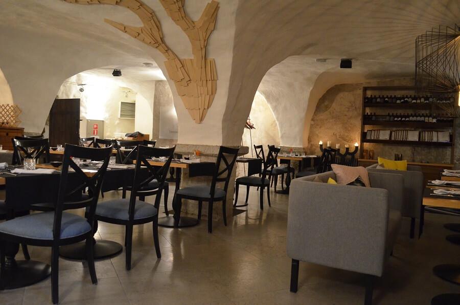 hotellin ravintola, Trofé