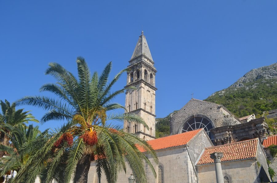 St. Nicholas (St.. Nikola kirke)