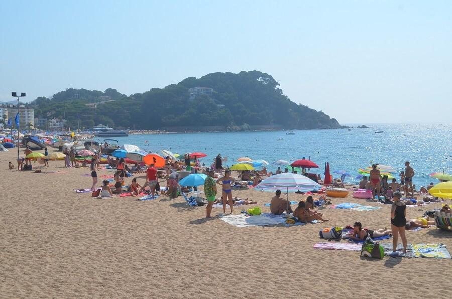 Praia de Fenals