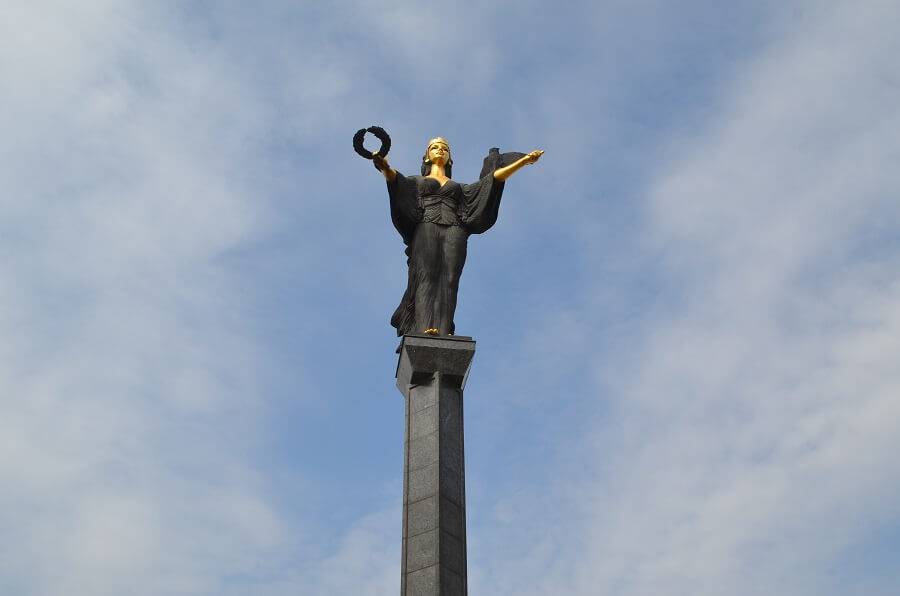 Estátua Santa Sofia