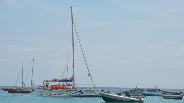 Passeio de catamarã pela Ilha do Sal, Cabo Verde