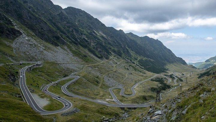 Vai viajar pelas estradas da Romênia? Veja nossas dicas