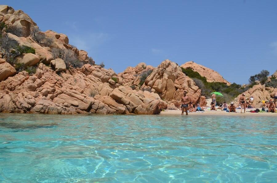 la plage de Cala Coticcio