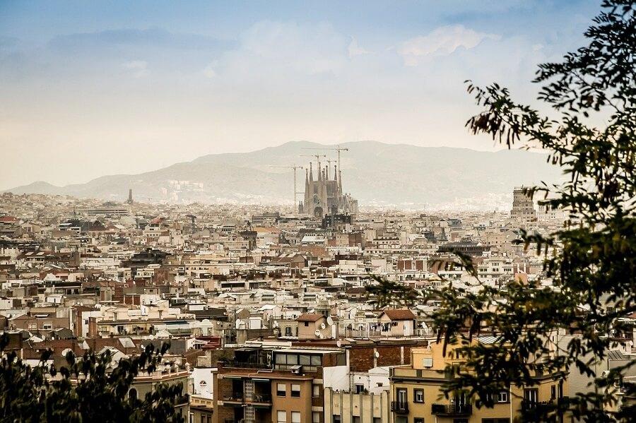 Economize 68 euros comprando o Barcelona City Pass